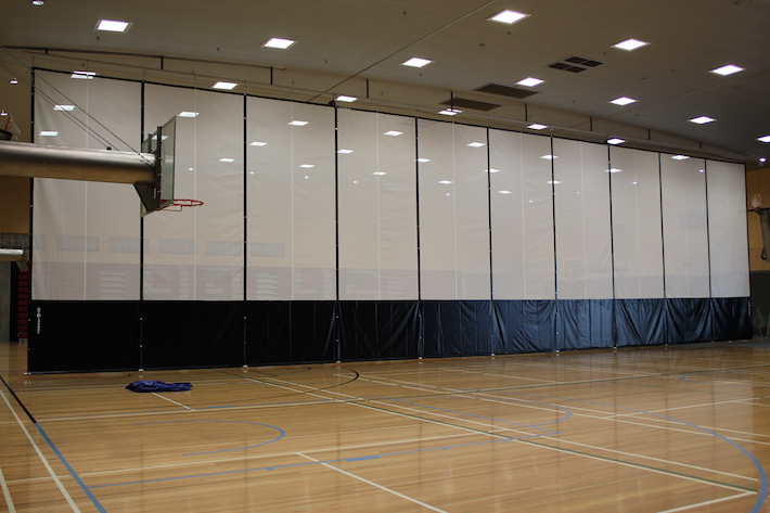 GYMLEADER FOLD UP DIVIDER CURTAINS